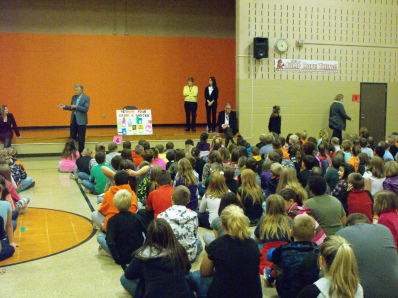Crunch for Health Kick-off at Brook Elementary! Thanks to our partners, SEORMC, MVHC, YMCA